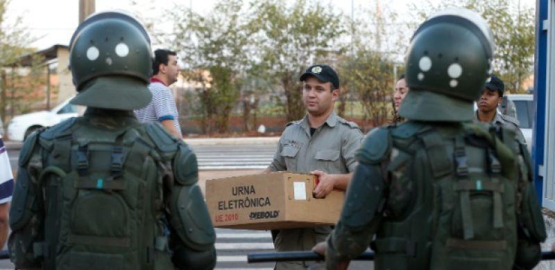 Temer autoriza uso das Forças Armadas nas eleições de outubro