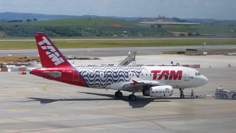 Empresa aérea terá que pagar R$ 4 mil a consumidor