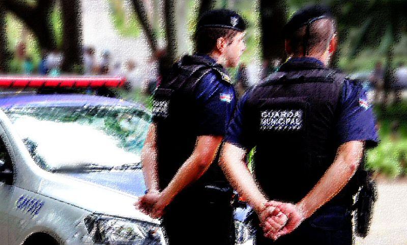 Guarda Municipal de JF apreende drogas na Praça do Riachuelo