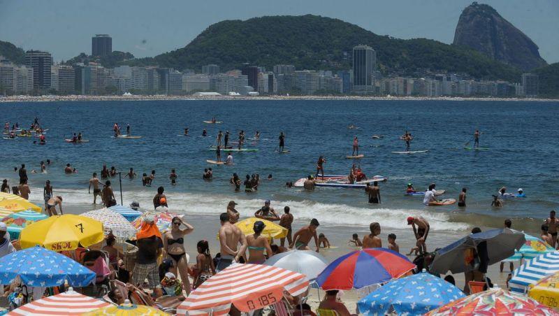 Rio tem dia de sol forte, mas pode ter chuva no Natal