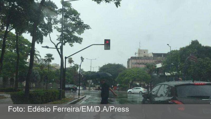 Minas tem alerta para tempestade e ventos fortes nesta segunda-feira