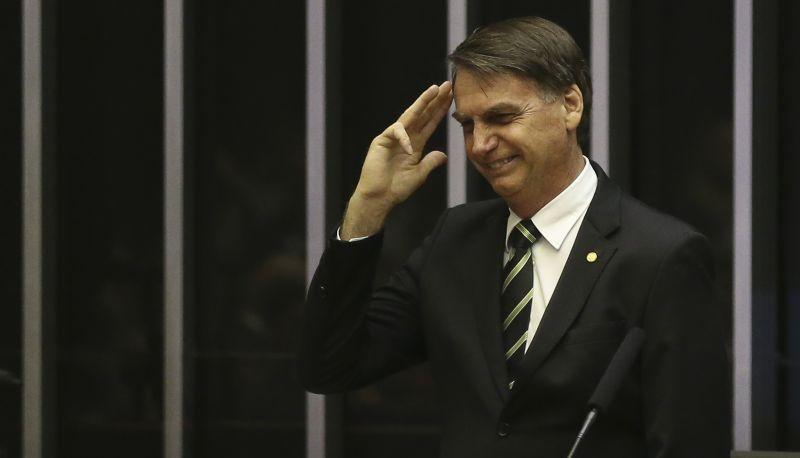 Bolsonaro reafirma, no Congresso, compromisso com a Constituição