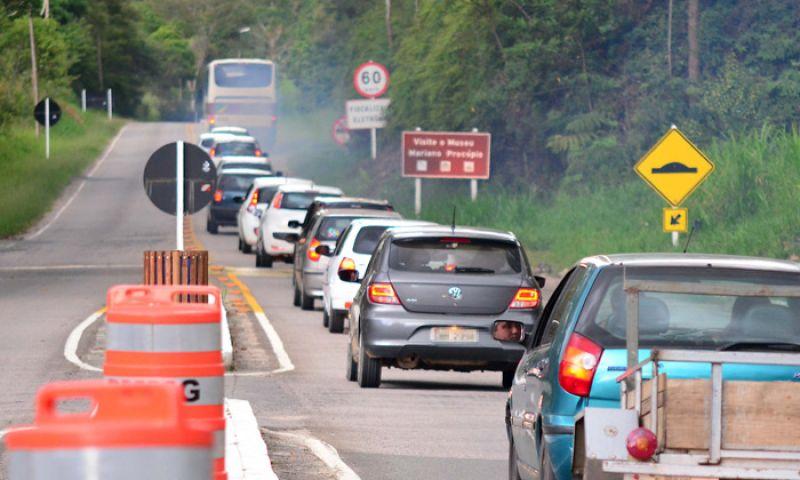 Feriado termina com uma morte e seis feridos nas rodovias estaduais