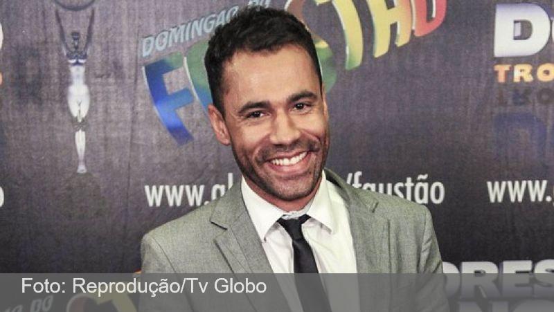 Ator Rodrigo Sant'Anna tem alta após internação para tratar Covid