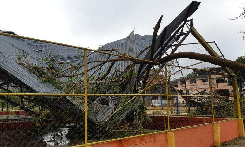 Prefeitura anuncia que deve decretar estado de calamidade pública após tromba d'água em Simão Pereira