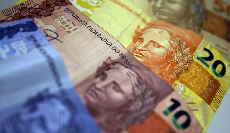 Pagamento de auxílio de R$ 600 segue para votação no Senado