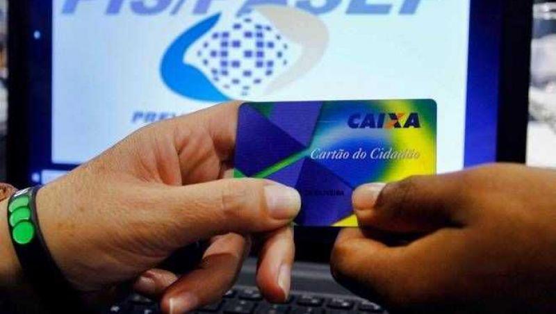 Caixa e BB iniciam pagamento de cotas do PIS/Pasep neste mês