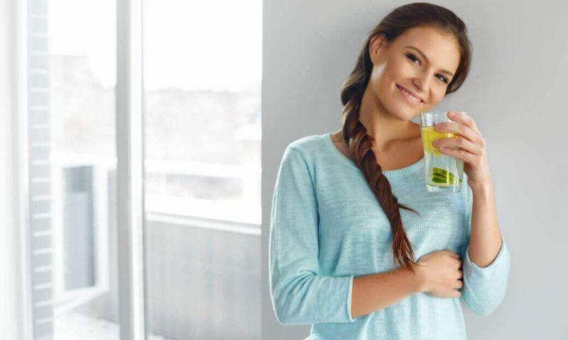 Quais são os benefícios de manter o organismo hidratado?