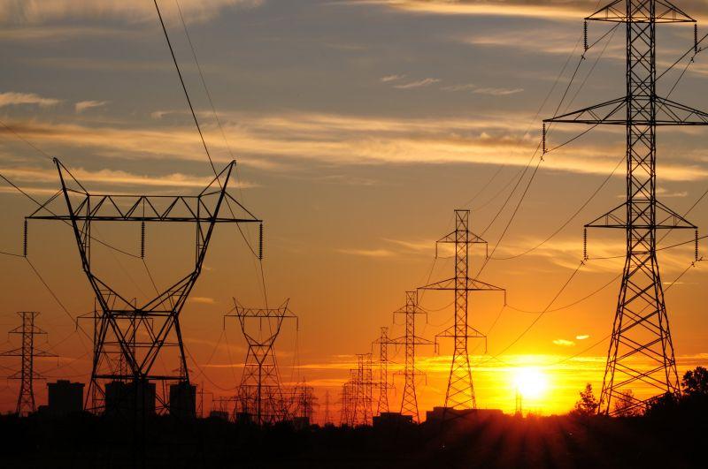 Ministro diz que investidores estão confiantes no mercado de energia