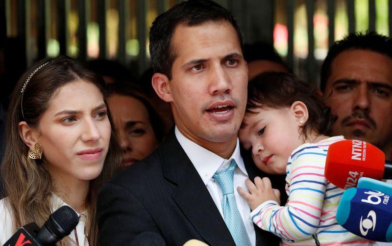 Juan Guaidó denuncia invasão de sua casa por militares na Venezuela