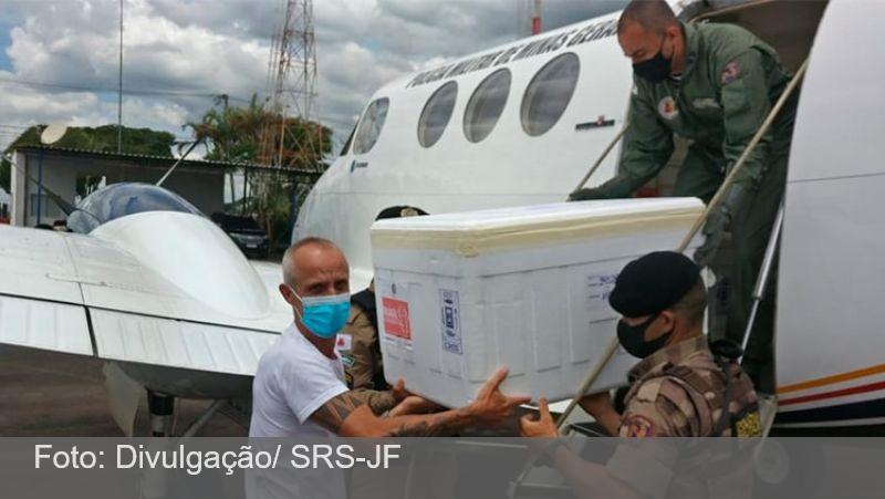 Nova remessa de vacinas contra o coronavírus chega no Aeroporto da Serrinha