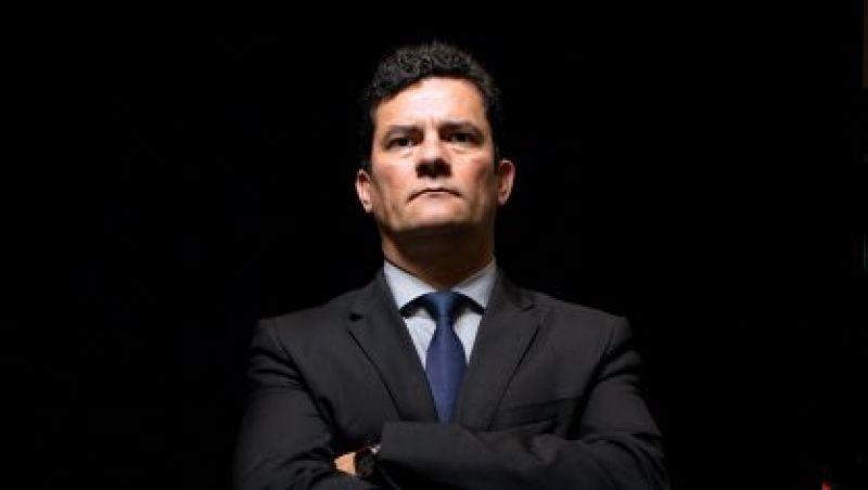 Moro: Lula é mentor do esquema criminoso da Petrobras. O tríplex é a ponta do iceberg