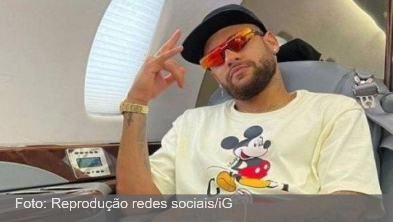 Neymar volta à França após festa polêmica: 'Alegria de uns, tristeza de outros'