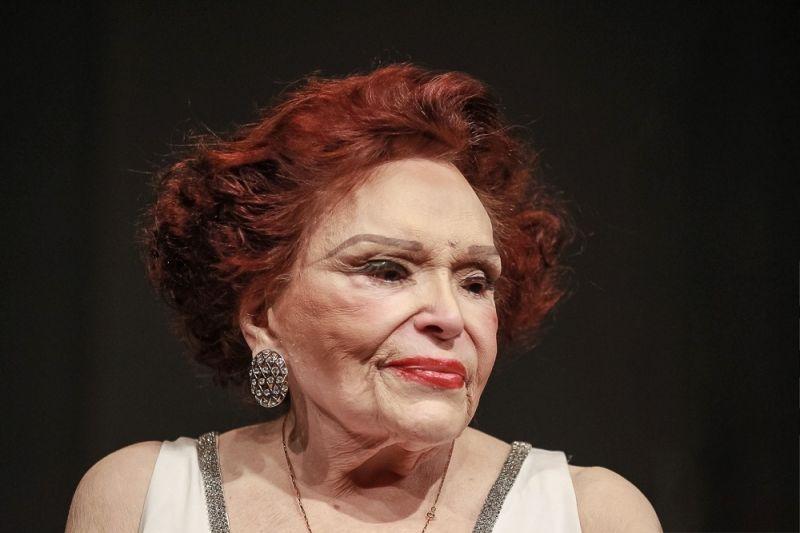 Melhora estado de saúde da atriz Bibi Ferreira