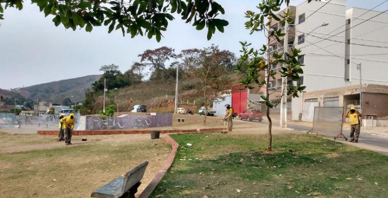 Empav realiza serviços de pavimentação no bairro Parque das Águas