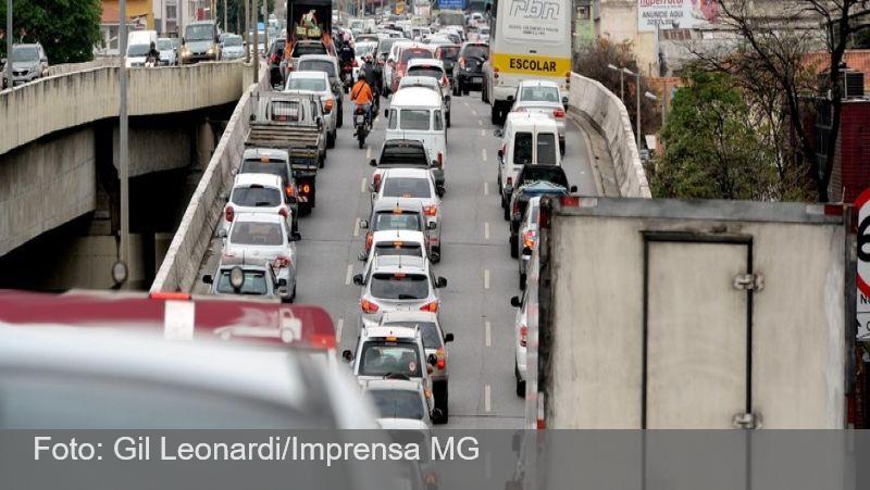 Minas Gerais prorroga para 1º de julho exigência do CRLV 2020