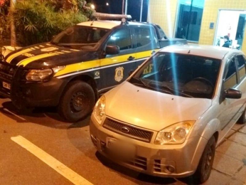 Veículo roubado em São Paulo é recuperado após 8 anos pela PRF em Leopoldina