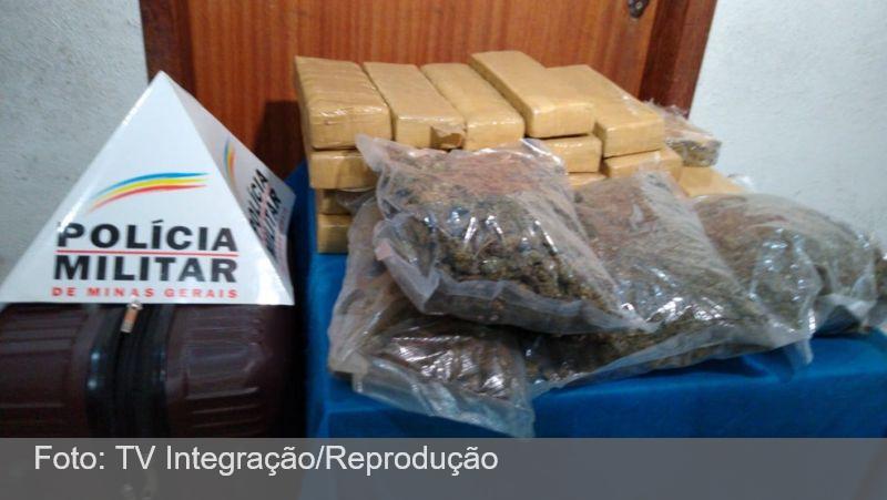 Dupla é presa com 40kg de drogas na rodoviária de Juiz de Fora