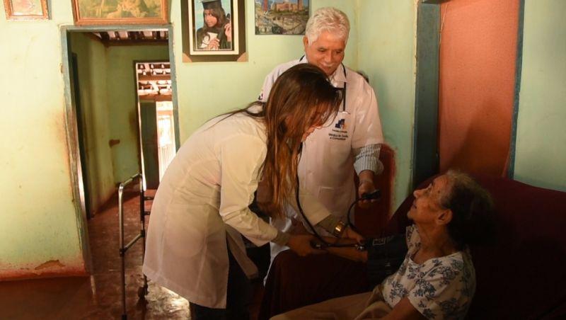 Médicos têm até hoje para se apresentarem aos municípios