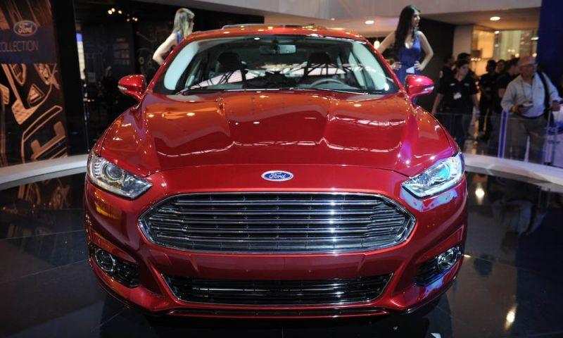 Ford faz recall em 32 mil unidades do Fusion por problema no volante