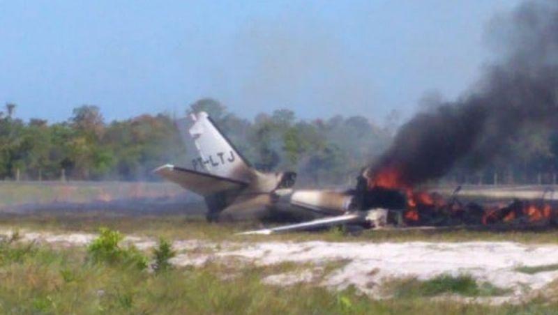 Vítimas da queda de avião em Maraú continuam internadas em Salvador
