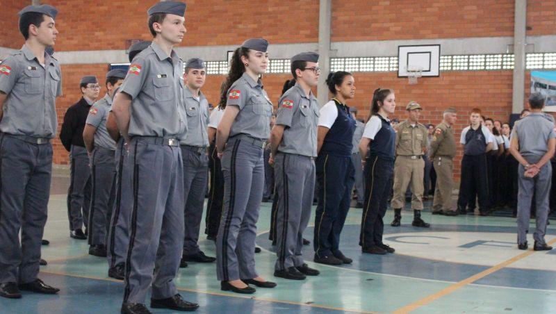 AGU defende cobrança de mensalidade em colégios militares