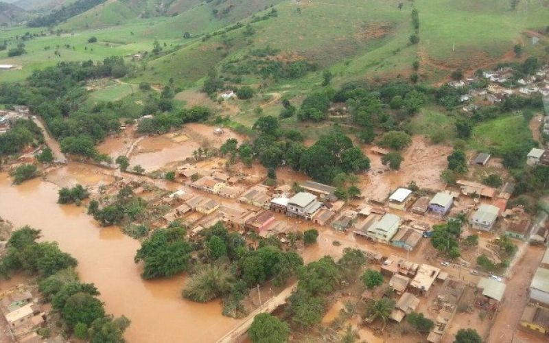 Câmara de Juiz de Fora recebe donativos para vítimas das enchentes em MG