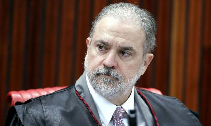 Procurador-geral da República, Augusto Aras, está com covid-19