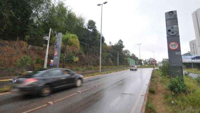 Cinco novos radares são instalados em rodovias mineiras nesta semana