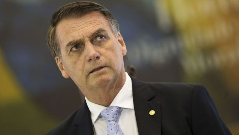 Bolsonaro diz que revisará contratos de publicidade da Caixa