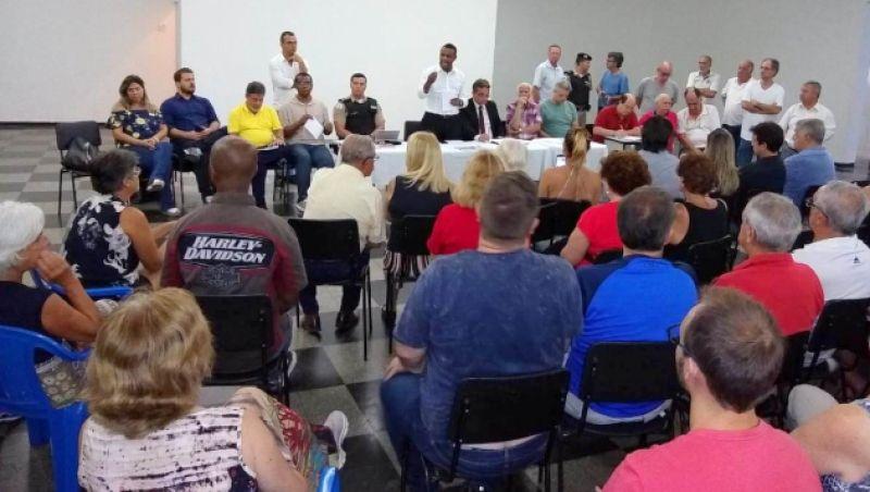 Vereadores de JF participam de reunião promovida no bairro Bom Pastor