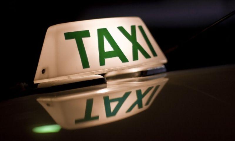Taxista atende pedido de corrida e é roubado em Juiz de Fora