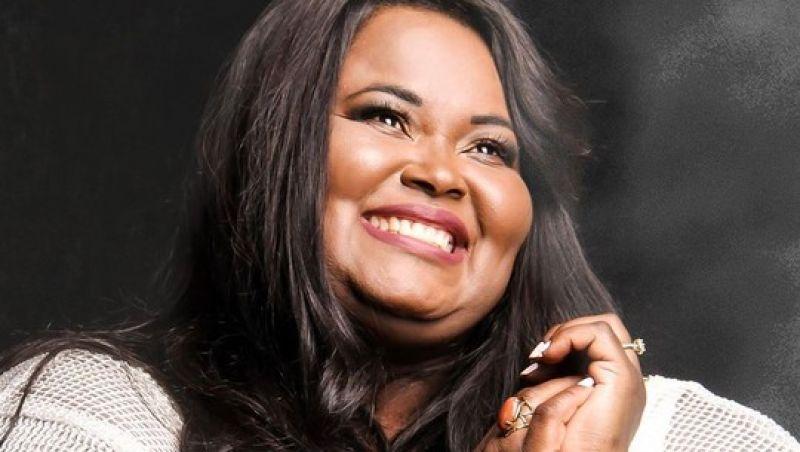 Cantora gospel Fabiana Anastácio morre de Covid-19
