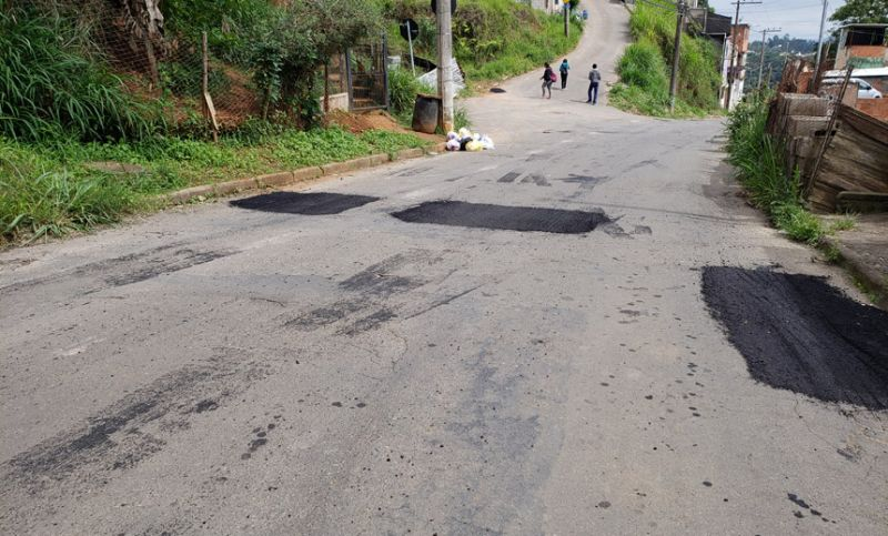 Empav realiza tapa-buracos nas regiões nordeste, oeste e central de Juiz de Fora
