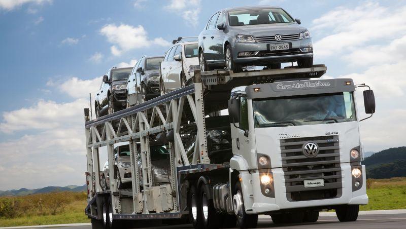 PF faz operação contra cartel cartel de 'cegonheiros' no transporte de veículos novos