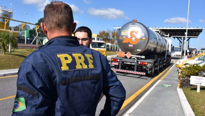 Operação de feriado reduziu em 4% o total de acidentes graves, diz PRF