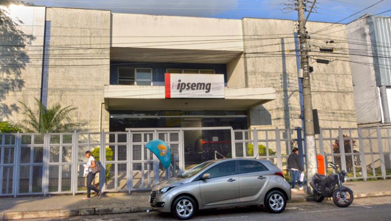 Hospitais suspedem atendimento a Ipsemg