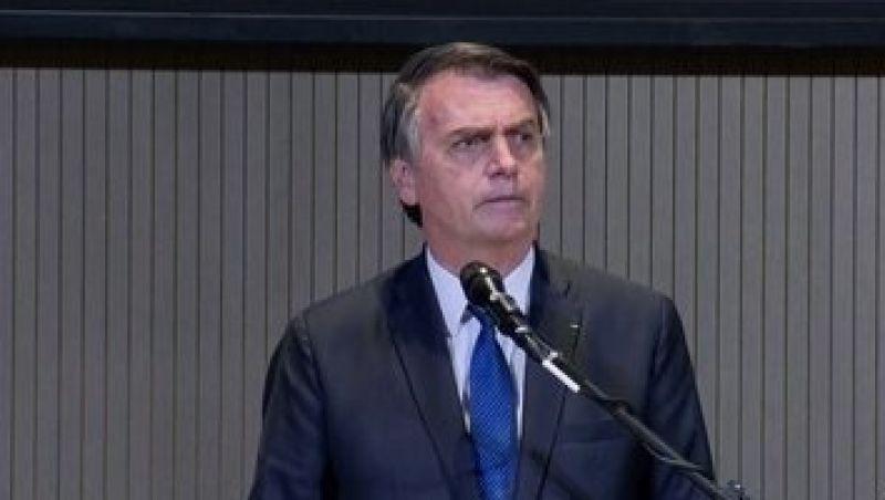 Bolsonaro confirma mudanças em divulgação de boletim diário com números do coronavírus
