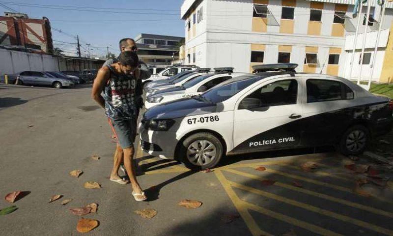 Polícia Civil faz operação na Baixada Fluminense contra quadrilha que pratica sequestro-relâmpago