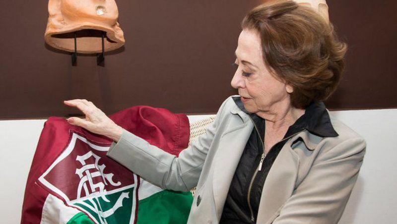 Fluminense homenageia Fernanda Montenegro por aniversário de 90 anos