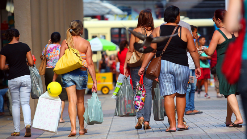 Comércio e serviços apostam em aumento do consumo em JF