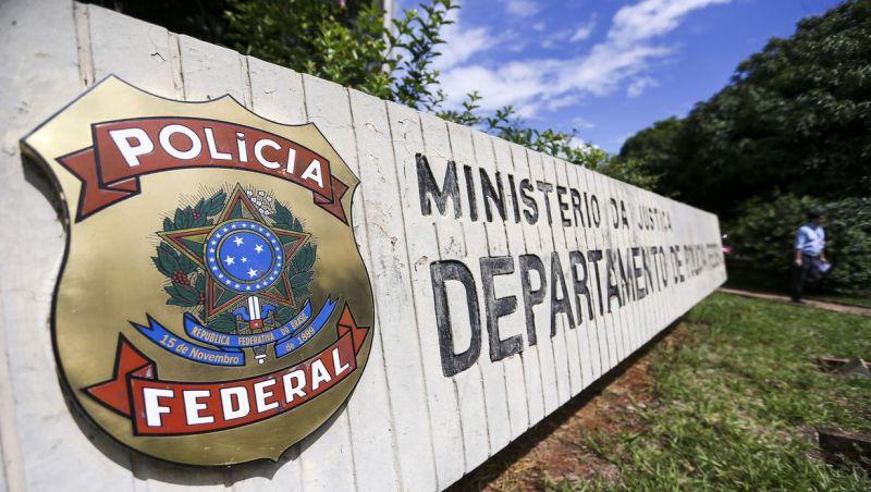 Polícia Federal faz operação para repressão de pedofilia na internet