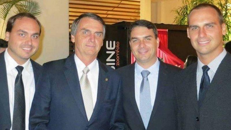 Grupo de hackers vaza em rede social supostos dados pessoais de Bolsonaro, filhos e apoiadores