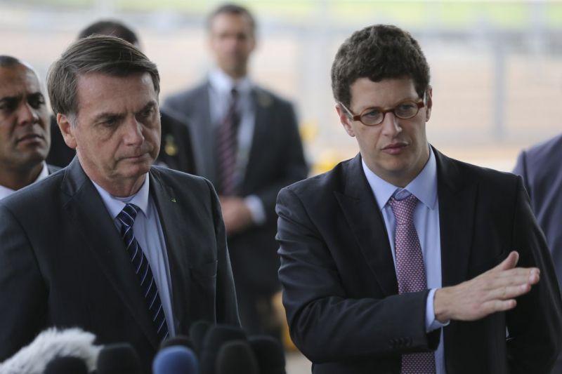 Bolsonaro: petróleo pode ter sido despejado 'criminosamente'