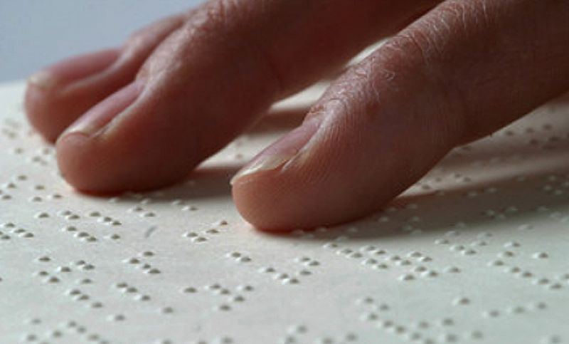 PJF abre inscrições de cursos para professores atuarem com alunos deficientes visuais