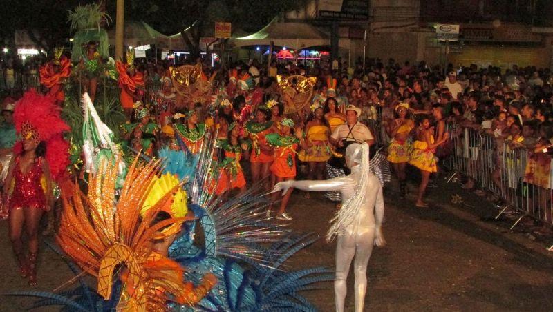 """Pré-carnaval """"Esquenta Muriaé"""" 2019 começa neste sábado"""