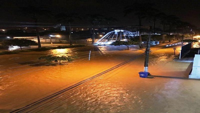 Temporal alaga várias regiões de Ubá nesta terça-feira