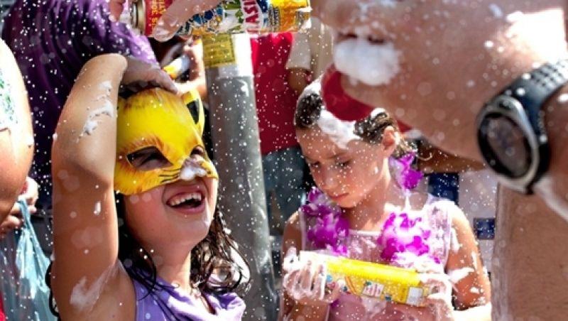 Especialistas dão dicas para proteção da pele e olhos no carnaval