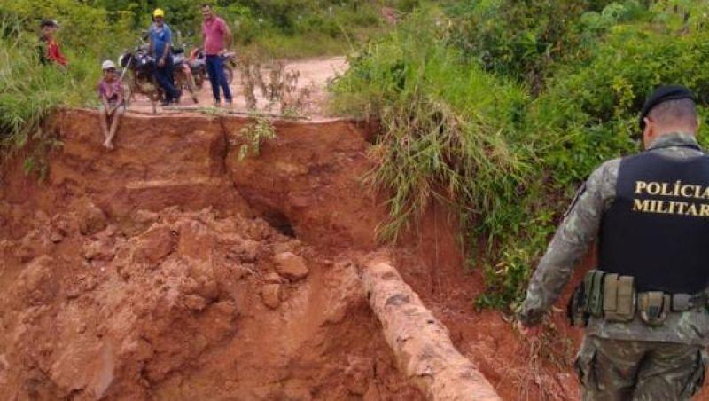 Tromba d'água provoca rompimento de barragem em Rondônia