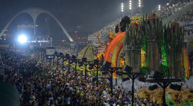Escola de samba vencedora do carnaval do Rio será conhecida hoje